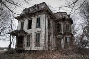 Halloween Attractions In Pa by 13 Spooky Looking Houses That Have Inspired Ghost Stories