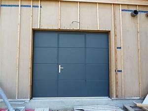 Porte De Garage Motorisée Avec Portillon : porte de garage sectionnelle motoris e avec portillon hormann id es de travaux ~ Dode.kayakingforconservation.com Idées de Décoration