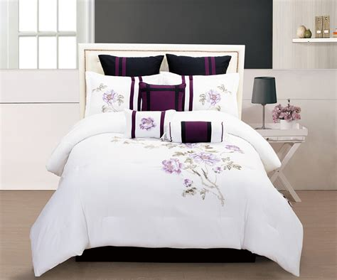 Comforter Sets With Matching Curtains by Get Alluring Visage By Displaying A White Comforter Sets