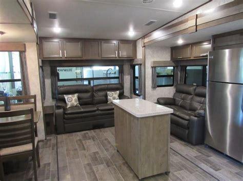 2018 Open Range Roamer 337RLS Rear Living 5th Wheel with