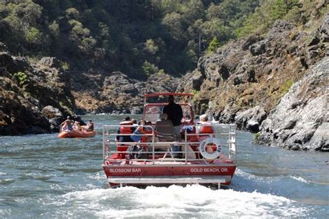 Portland Jet Boat Cruises by Rogue River Jet Boat Cruise Gold Oregon Places I