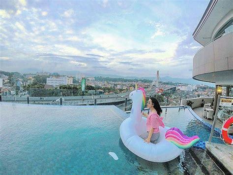 hotel  bandung  kolam renang rooftop paperkampung