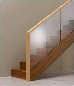 Treppengeländer Mit Glas : treppengel nder aus glas und holz ideen rund ums haus pinterest house stairs and house ~ Markanthonyermac.com Haus und Dekorationen