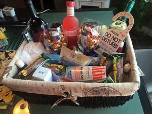 honeymoon gifts for bride gift ftempo With wedding gift basket ideas