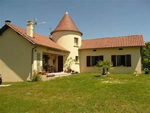 tres belle maison avec tour ronde dependances et jardin With maison en l avec tour