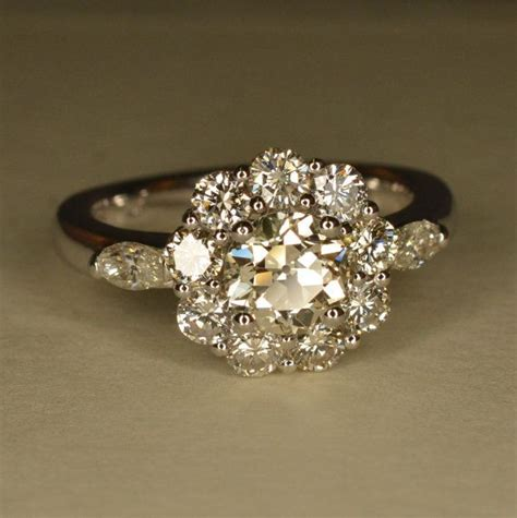 wedding rings  engraved flower shaped diamond wedding