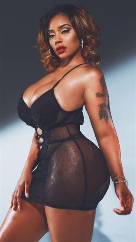 Best Quot Hot Quot Mature Women Images On Pinterest Beautiful Women Curves And Curvy Women