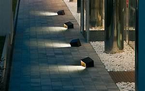 Garden outdoor lamps to light your patio interior