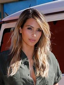 Kim Kardashian39s Gorgeous Blonde Hair Amp Tan Skin How To ...