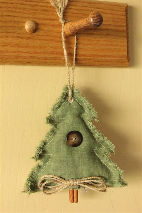 country christmas ornaments to make 1000 images about country crafts and primitive country on