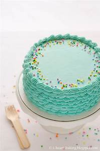i heart baking!: blue funfetti birthday cake with piped