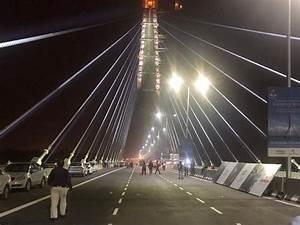 'Delhi's Eiffel Tower': Signature Bridge inaugurated ...