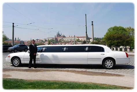 Lax Limousine by Stretch Lincoln Limousine Town Car 120 Prague Airport