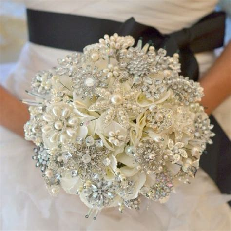 Fascinated by Brooch Bouquets Here are step by step