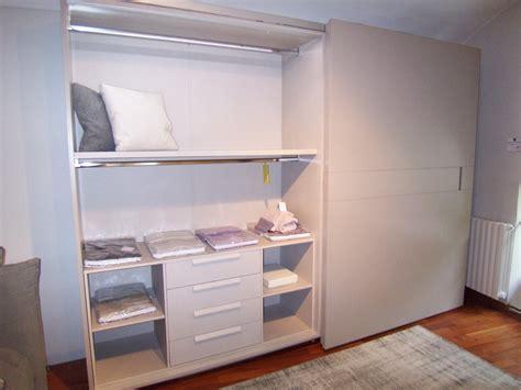 offerta armadio armadio in offerta 2 ante scorrevoli complanari