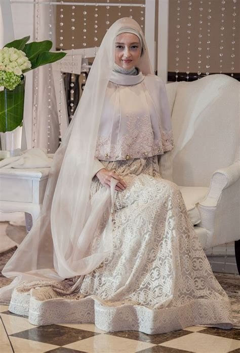 desain gaun pengantin muslim modern terbaru
