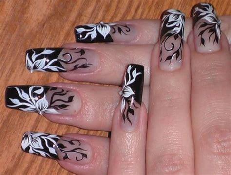 20 Gorgeous Wedding Nail Designs For Brides