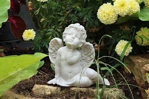 Statue Deco Jardin Exterieur : statuette ange exterieur statuettes anges pour exterieur et jardin ange paradis ~ Teatrodelosmanantiales.com Idées de Décoration