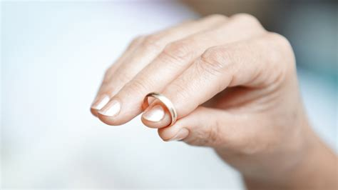 should you still wear your wedding ring after your partner has starts at 60