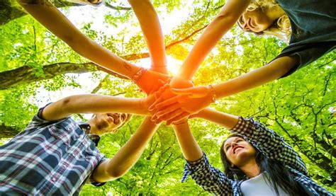 awesome team building games  team wont hate