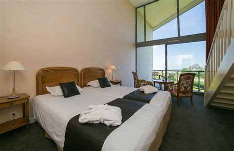 hotel au mont st michel chambre familiale hotel 4 etoiles panoramique mont michel reservation chambres h 244 tel