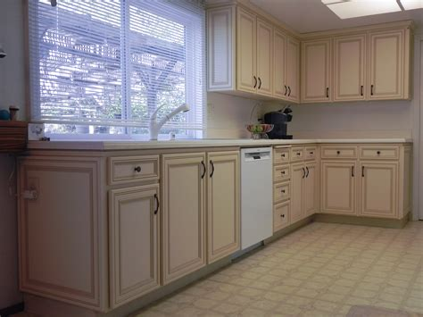 paint or reface kitchen cabinets kitchen cabinet refacing painting oak cabinets with f 7301