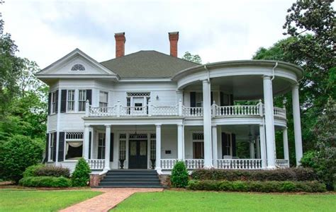 pin on southern charm homes