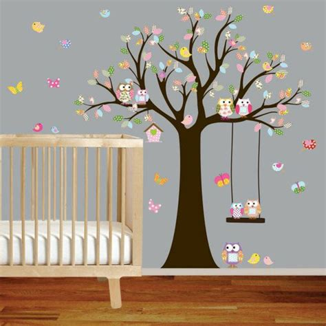 pochoirs chambre bébé deco chambre bebe stickers