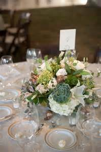 inexpensive wedding flowers green and white succulent wedding centerpiece