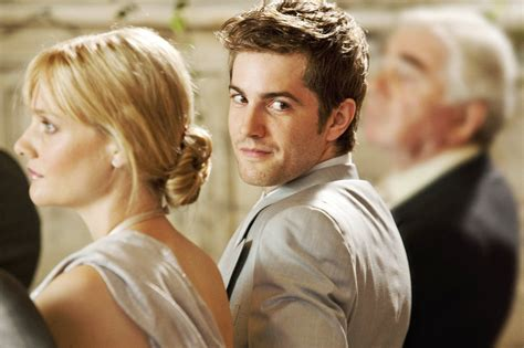 Jim Sturgess Drown In Fresh Trailer For 'one Day
