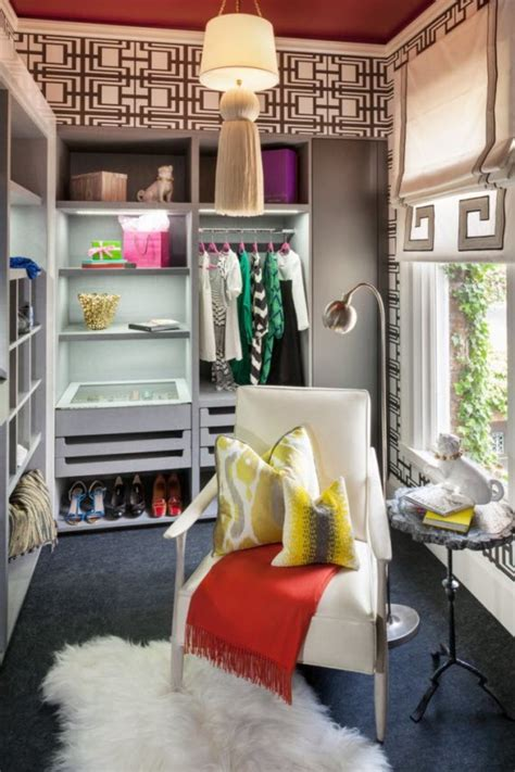 Colorful Closet 11 awesome and creative colorful walk in closet designs