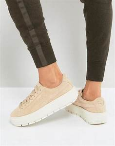 236661001f1 puma platform trace trainers in sand with contrast sole in natural lyst