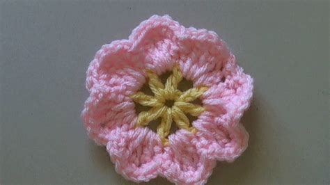 how to a flower how to crochet a flower tutorial easy primrose flower