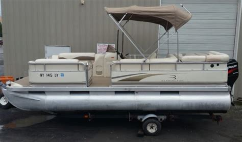 22 Bennington Pontoon Boat Weight by 2002 Used Pontoon Boat For Sale Bennington Deck Boat