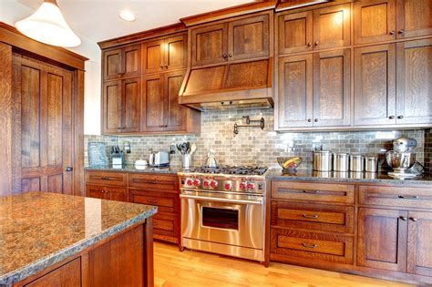 what to look for in kitchen cabinets 7 ways to keep your kitchen cabinets clean looking new