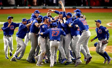 world series chicago cubs win game   cleveland