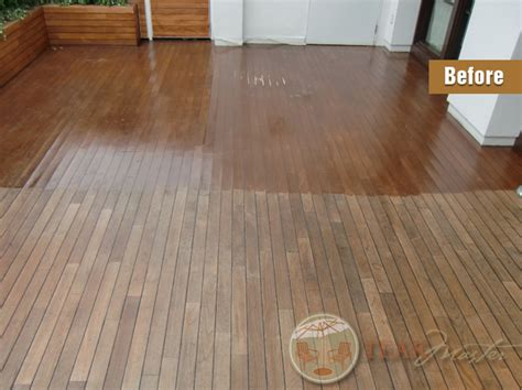 Boat Deck Refinishing by Teak Deck Refinishing