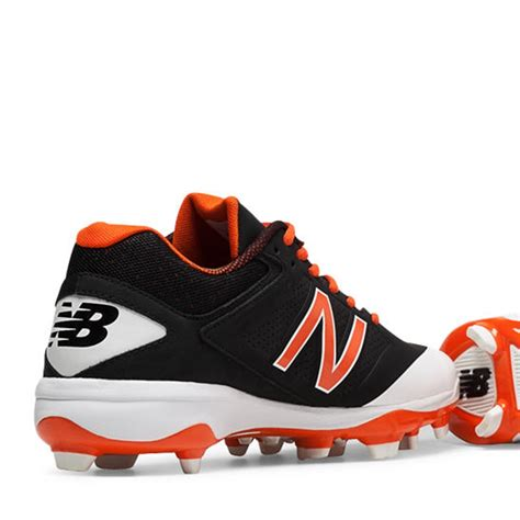 balance  cut  tpu black  orange molded cleat