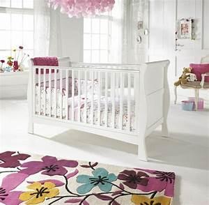 Frische babyzimmer ideen fur gesunde und gluckliche babys for Balkon teppich mit babyzimmer tapete mädchen