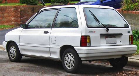 ford festiva  dr hatchback  manual