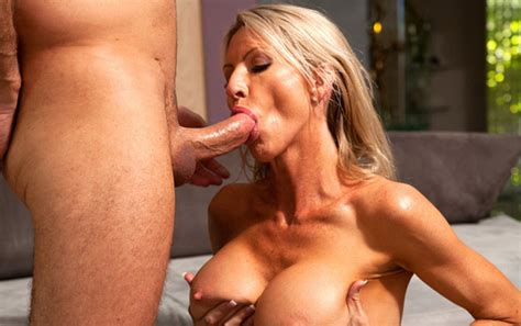 Emma Starr Milf Sugarbabes Mom S Day Sale