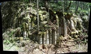Biscuit Rocks Estacada Oregon This Is A Strange Rock For Flickr