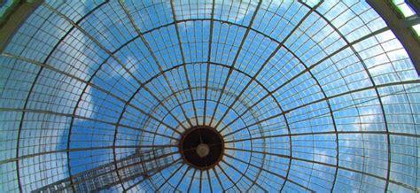 plafond de verre ces obstacles qui freinent les carri 232 res des femmes