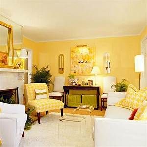 How to use yellow in interior design for Yellow and white living room designs
