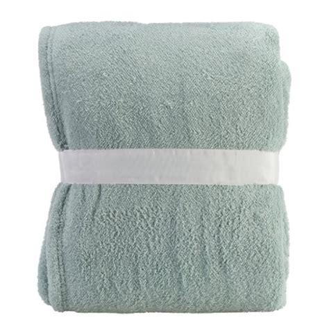 light blue throw blanket clara clark micromink luxurious soft blanket throw aqua