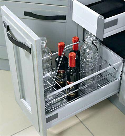 casier bouteille cuisine meuble range bouteille sagne cuisines