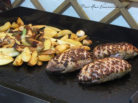 cuisine plancha recette plancha de magret de canard sauce foie gras quot primeur quot rissolées aux cèpes