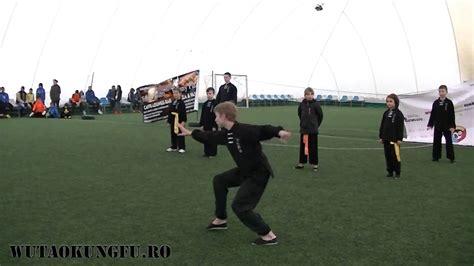 Demonstratie Wushu Kung Fu la Chelsea Club Bucuresti - YouTube