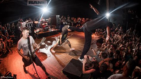Stage Dive - jc photo media bane stage dive animation