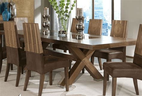 decorate  large dining room table